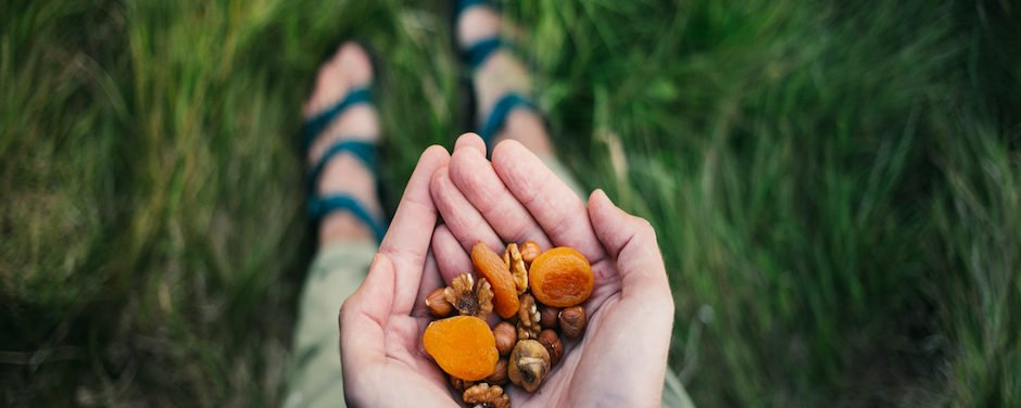 7 Outdoor DIY Snacks Everyone Should Try This Fall